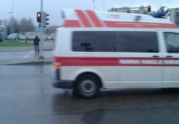 BMW с 18-летней девушкой за рулем попал в ДТП под Нарвой: трое в больнице