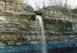 У водопада Валасте завершается строительство новой смотровой площадки