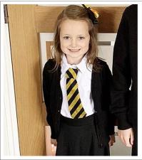 Стильная и скромная первоклассница пошла впервые в школу. А вернулось такое чудо