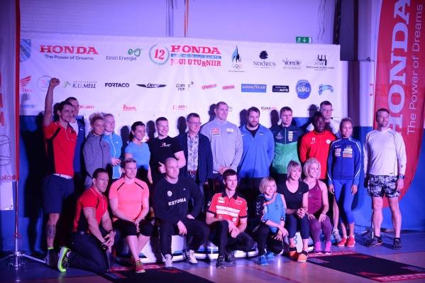 рождественский турнир в Нарве с участием известных спортсменов выиграли борцы