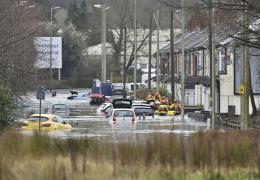 Наводнения в Великобритании затопили Уэльс и несколько других районов