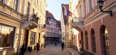 Посольство России в Эстонии внимательно следит за судьбой задержанного в Нарве гражданина РФ