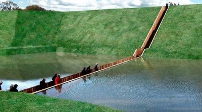 5 пешеходных мостов, поражающих полётом фантазии архитекторов