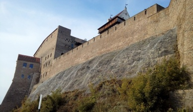 Восточную сторону Нарвского замка укрепят сеткой