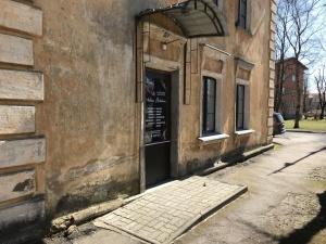 Убийство в нарвском салоне красоты: обвиняемому на 4 года сократили тюремный срок