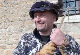 Марек Лилль, реставратор и стрелок