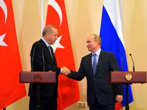 """После встречи Путина с Эрдоганом Кремль пригрозил курдам - они """"попадут под каток турецкой армии"""""""