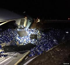 Во Флориде более 27 тонн баночного пива вывалилось на дорогу