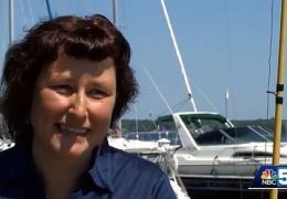 На озере в Нью-Йорке женщина поймала рыбу с двумя пастями
