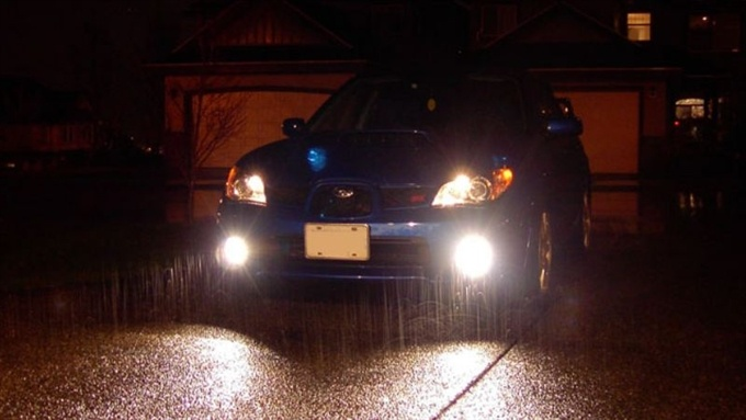 Полиция: неправильно использование противотуманных фар провоцирует ДТП