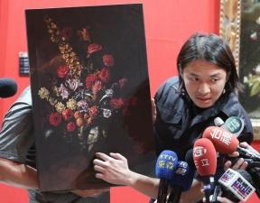 Неуклюжий мальчик оступился и продырявил картину за полтора миллиона долларов