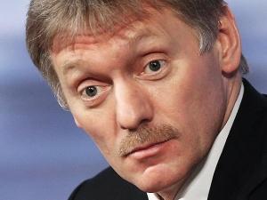 Песков: Путин не собирается проводить чрезвычайные заседания из-за падения рубля
