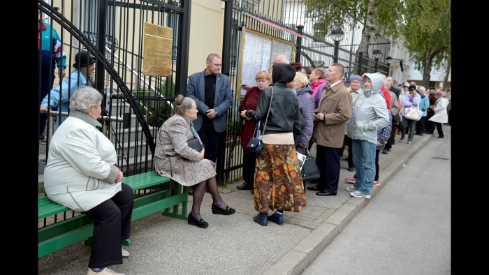 к 13 часам на выборах в Госдуму в Нарве проголосовали 2600 человек