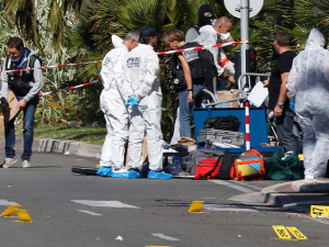 Документы из грузовика, давившего людей в Ницце, совпали с личностью террориста