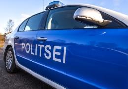 В Ида-Вирумаа водитель BMW спровоцировал аварию при обгоне, пострадали два ребенка