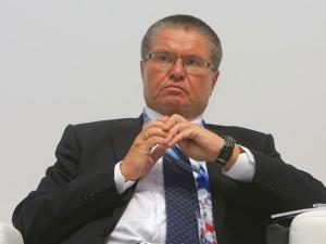 Улюкаев: повышение пенсионного возраста неизбежно, но официального мнения пока нет