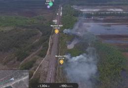 В деревне Конью горит торфяное поле