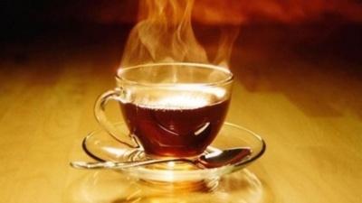 Исследование: горячий чай грозит раком пищевода