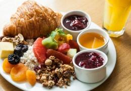 Постоялец отеля съел 15 завтраков