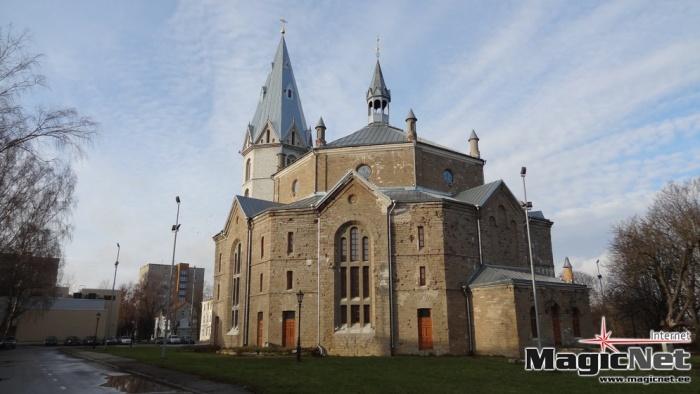 Нарвской Александровской церкви придется заплатить долг свыше 500 тыс. евро