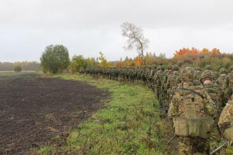 Неделя службы в Вируском батальоне завершилась походом с 10 кг снаряжения