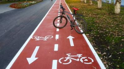 Кылварт: нельзя сразу забрать у автомобилей половину дорог и отдать велосипедистам