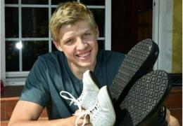 16-летний парень с ногами 57 размера попал в Книгу рекордов Гиннеса