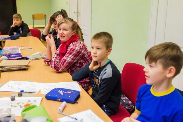 Большинство нарвских школ против пятых каникул