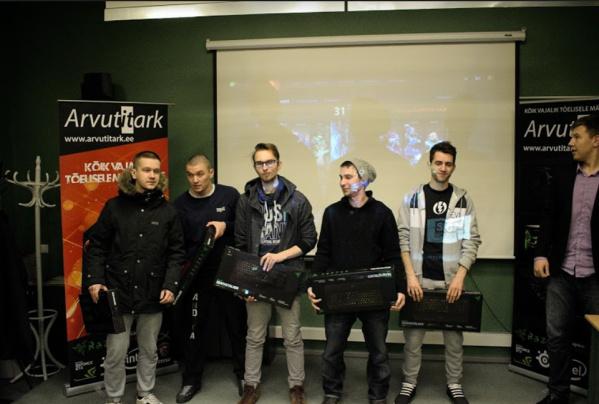Нарвский гимназист организовал турнир по киберспорту с призовым фондом 2000 евро