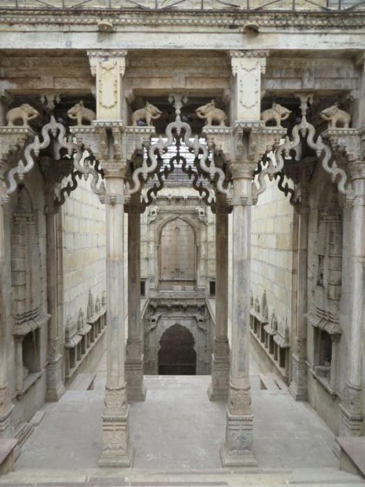 Ступенчатые колодцы - малоизвестные чудеса Индии