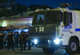 Сотни российских туристов оказались в Турции во время военного переворота в стране