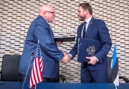 Эстония и США подписали договор о сотрудничестве в области обороны