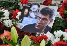 Убийство Немцова лишает надежд на мирный переход РФ от диктатуры к демократии, считает Каспаров