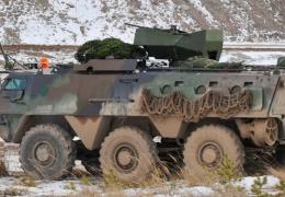 """На трассе """"Нарва"""" российские полицейские остановили двигавшийся в сторону Эстонии броневик"""