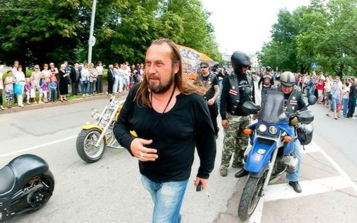 В Нарве избили и ограбили директора группы Avenue Григория Малышкина