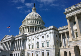 Сенаторы-демократы призывают к новым санкциям в отношении России