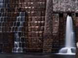 Кротонская дамба и водохранилище