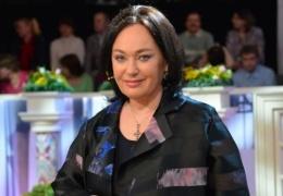 """Ведущая шоу """"Давай поженимся"""" госпитализирована в Коммунарку из-за проблем с почками"""