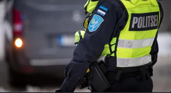 Полиция активно проверяет, носят ли люди маски в закрытых помещениях