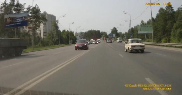 Водитель «Жигуля» избежал аварии