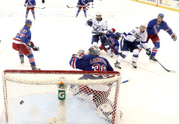 Четыре российских хоккеиста получили шанс стать обладателями Кубка Стэнли