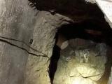 Каменщик проложил подземный ход к замужней любовнице, но их застал муж