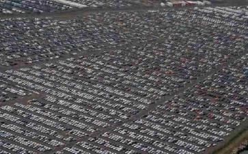 Миллионы нереализованных автомобилей попадают на «кладбище»