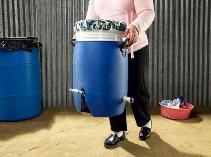 Концептуальная стиральная машина для беднейших стран