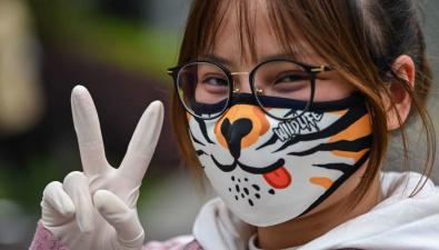 Научный совет рассматривает возможность рекомендовать ввести требование носить маски с сентября