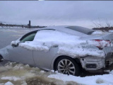 К Рыбинску причалил Lexus, несколько дней дрейфовавший по Волге