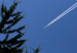 В небе над Швецией пассажирский самолет чуть не столкнулся с невидимым для гражданских радаров военным бортом