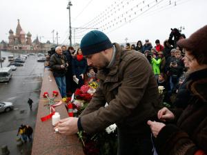 Гибель Немцова поручили расследовать специалисту по делам националистов-убийц