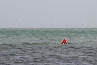 Дорога во Франции, которая исчезает под водой дважды в день