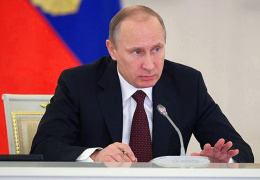 Путин поручил силовикам обеспечить безопасность, а МЧС и Минздраву - оказать помощь пострадавшим от теракта в Волгограде